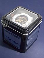 Металлический футляр для спортивных часов