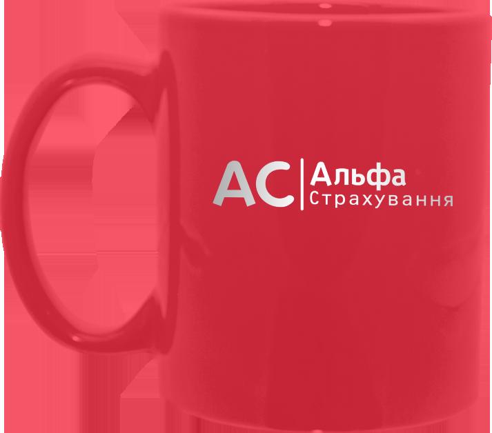 Нанесение логотипа на красную кружку