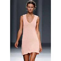 Нежно розовое пляжное платье