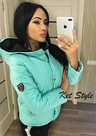 Женская стильная куртка на кнопках с капюшоном, фото 1