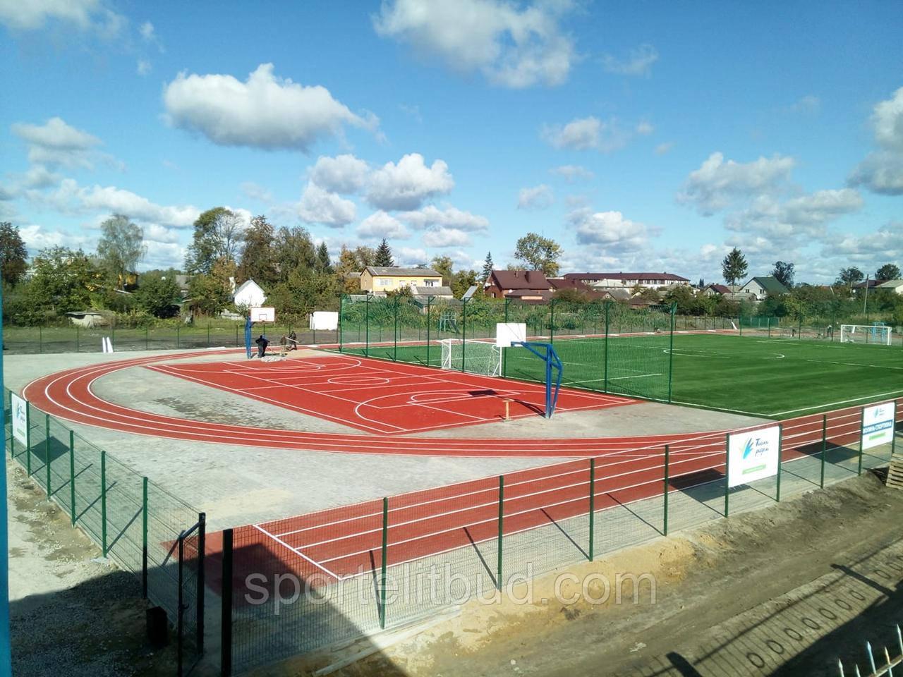 Сучасний стадіон зі штучним покриттям м Любомль