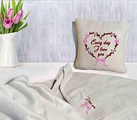 Флисовые пледы и подушки