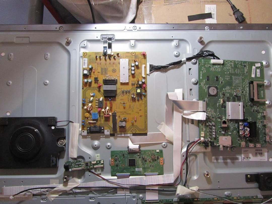 Запчасти к телевизору Philips 42PUS7809 (FSP104-4FS01, 6870C-0502B, 6870S-1824A, 6870S-1825A)