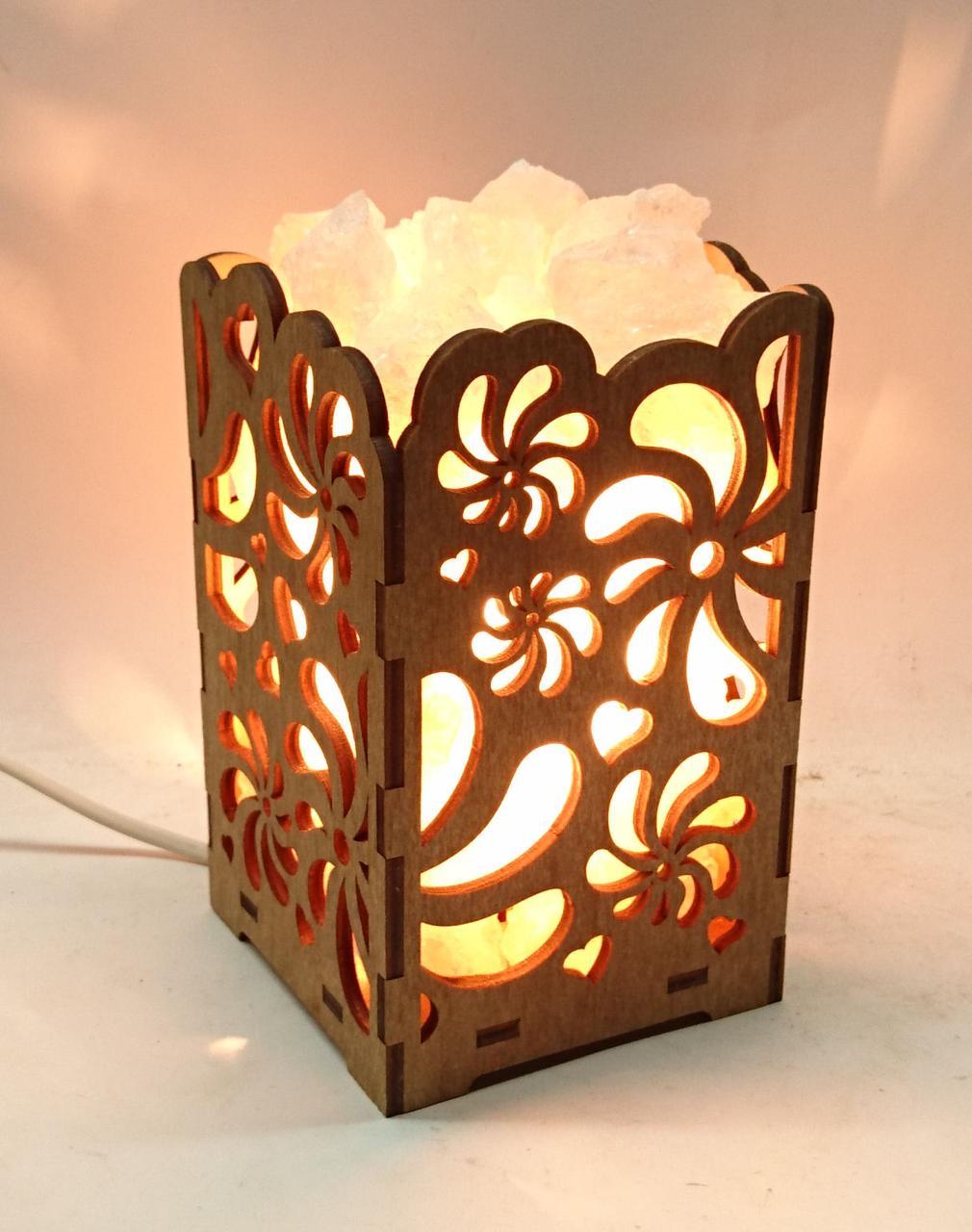 Соляной светильник деревянный Вьюнок с кристаллами соли