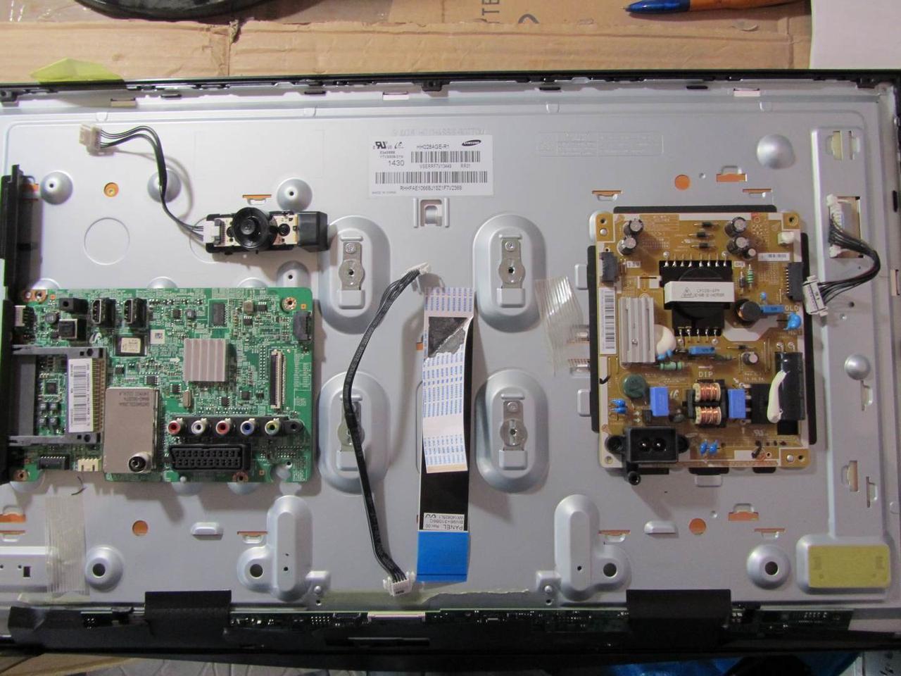 Запчастини до телевізора Samsung T28D310EX (BN41-02105A, BN44-00695A, HV280WX2-260_X-PCB)