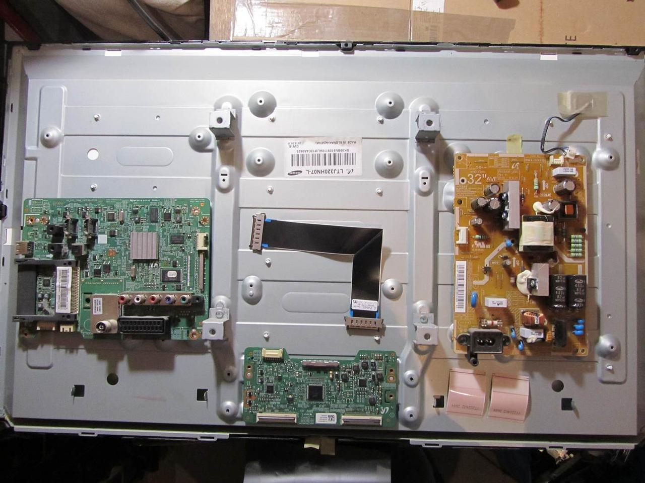 Запчасти к телевизору Samsung UE32EH5040 (BN41-01795A, BN44-00493B, BN41-01797A)