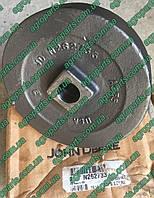 Кронштейн N262733 крепл диска з\ч John Deere BEARING SPINDLE HUB ось n262733, фото 1