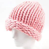 Женская зимняя шапка крупной вязки розовая