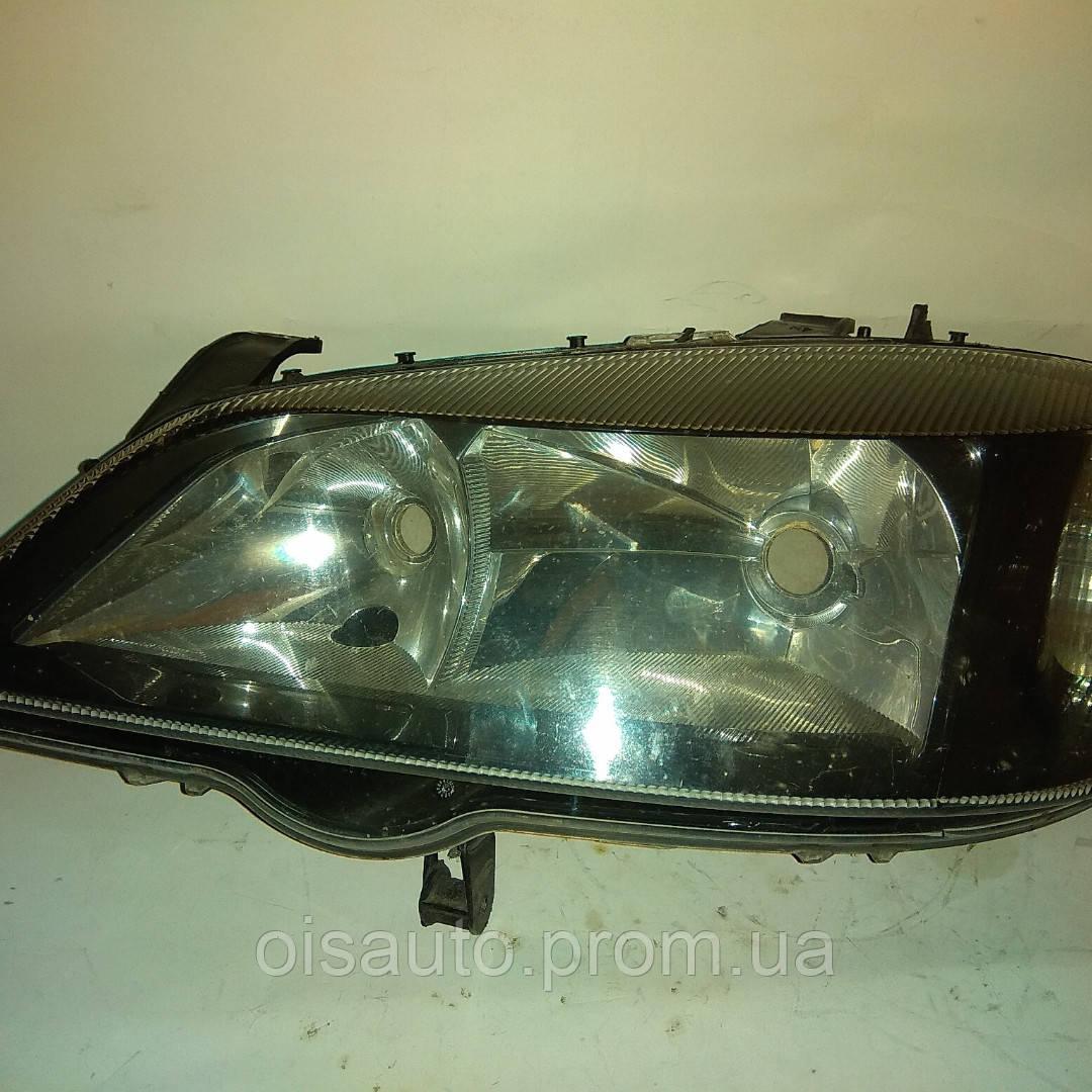 Фара левая электро корректор темная Opel Astra G 1998-2005 1EG00764049 / 13132459LH б/у