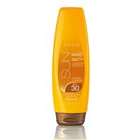 Сонцезахисний зволожувальний лосьйон для тіла SPF 30 з сяючим ефектом,93967