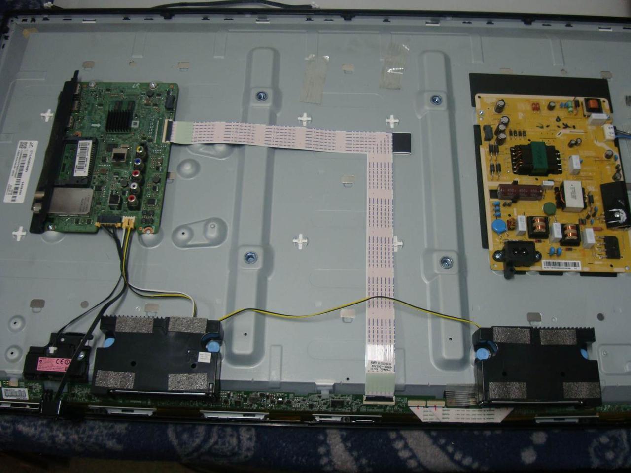 Запчасти к телевизору Samsung UE40J5200 (BN41-02482A, BN44-00852A, V400HJ6-PE3 REV.C9)