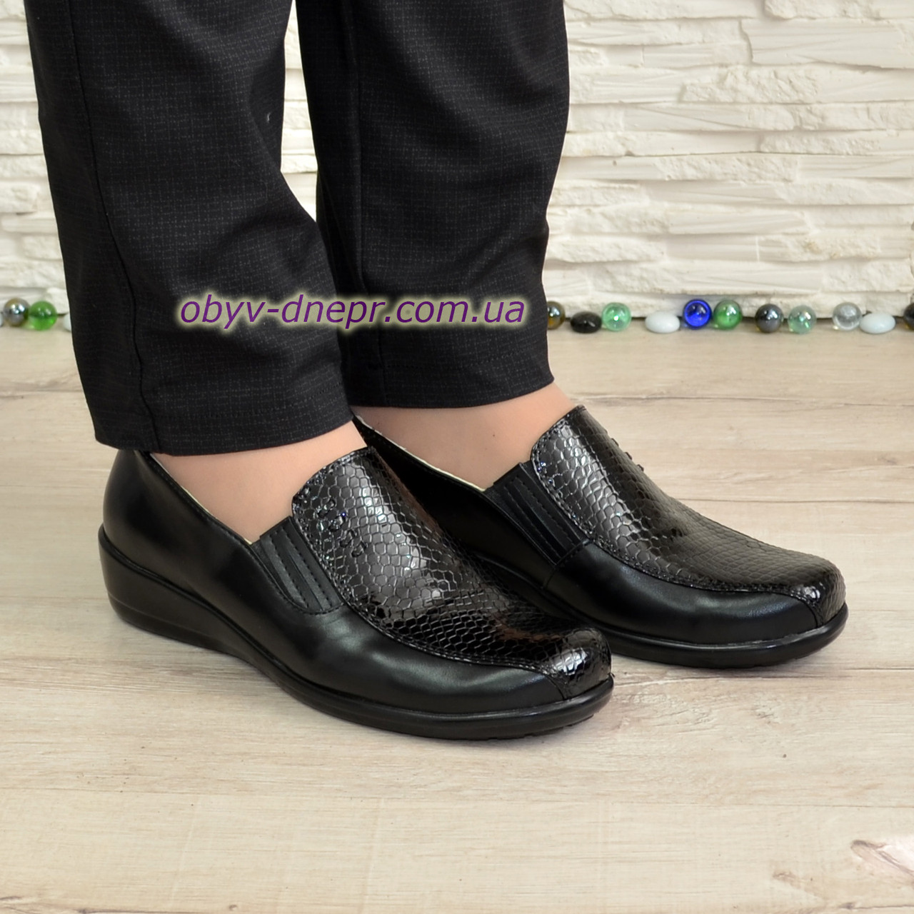 Туфлі жіночі на товстій підошві, натуральна шкіра