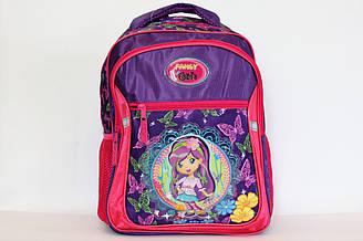 Школьный рюкзак-ранец для учениц младших классов.