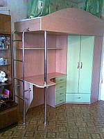 Детский компактный уголок (шкаф,стол,кровать)
