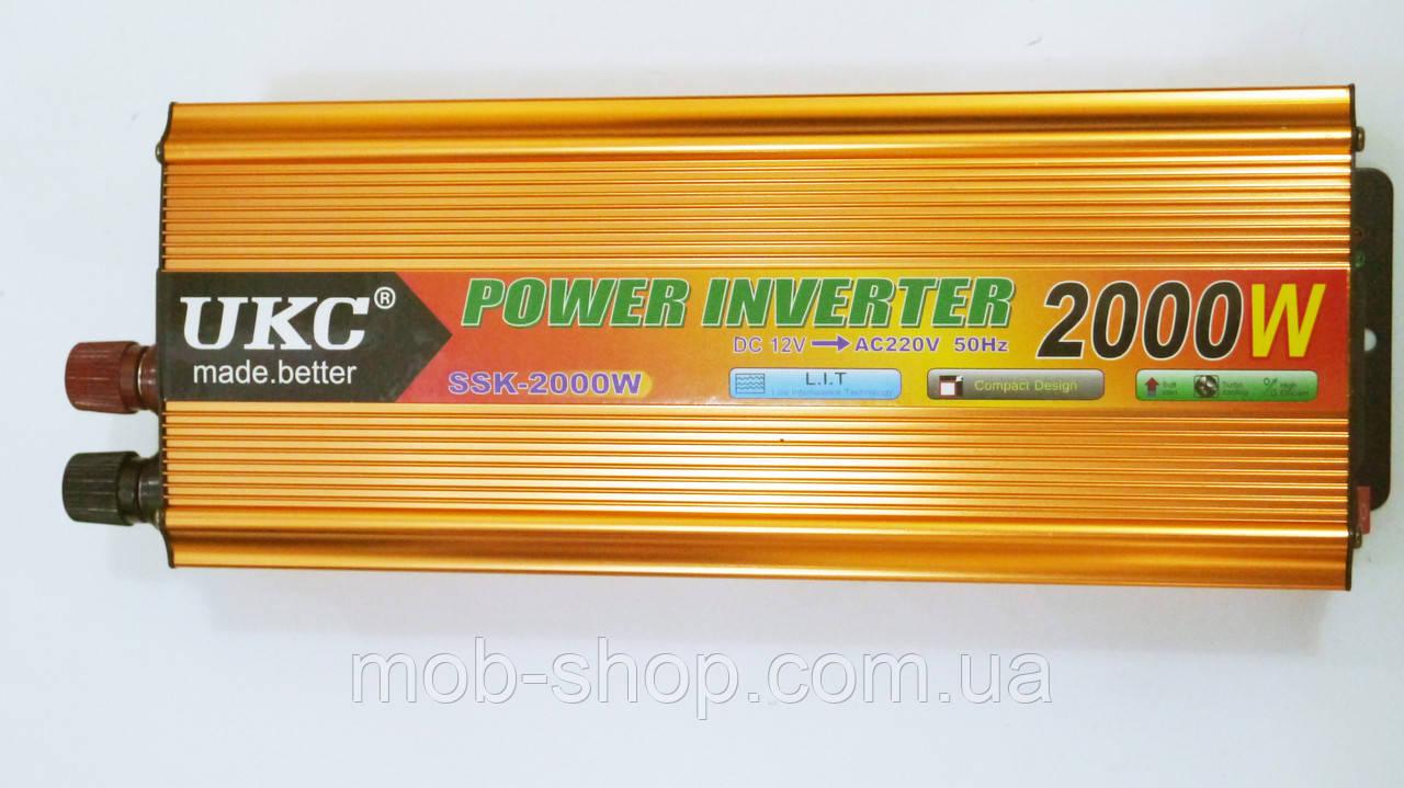 Инвертор преобразователь напряжения Power Inverter UKC 12V-220V 2000W Gold