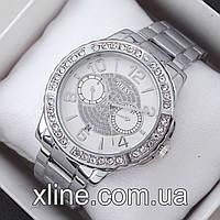Женские наручные часы Guess A47 на металлическом браслете