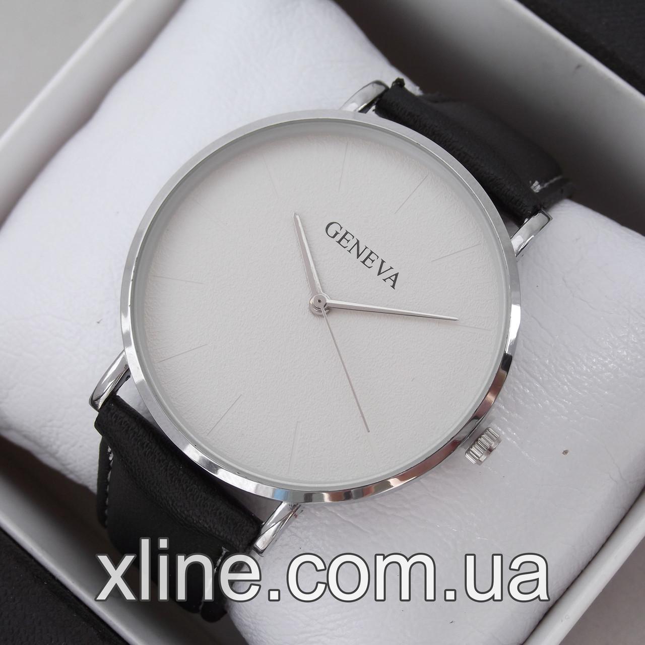 Женские наручные часы Geneva M167 на кожаном ремешке