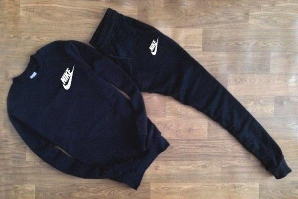 Спортивный костюм мужской Nike черный с белой надписью (реплика)