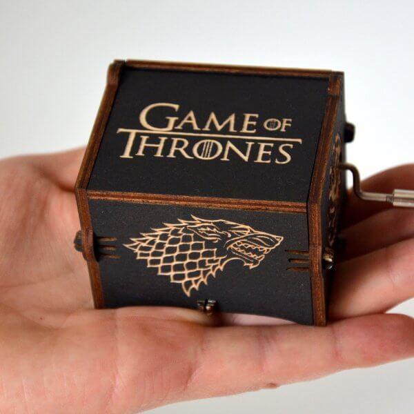 Музыкальная шкатулка Игра ПрестоловGame of Thrones черного цвета