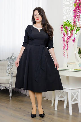 Стильное женское платье на горловине россыпь бус из дорогой костюмной ткани  48 размер батал, фото 2