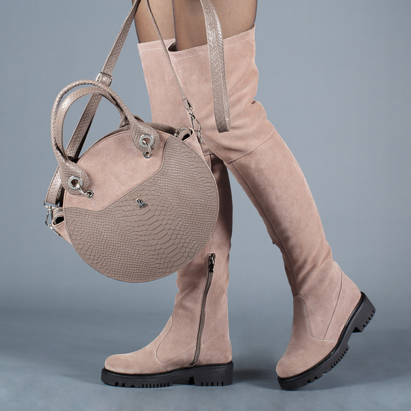 6ace12559 Замшевые светлые высокие сапоги-ботфорты на толстой подошве. Пошив на любую  голень. Осень, зима ...
