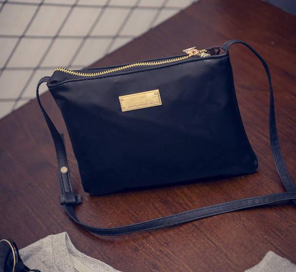 c314d004b7b6 Женская сумочка Mango черная, цена 233,33 грн., купить в Виннице ...