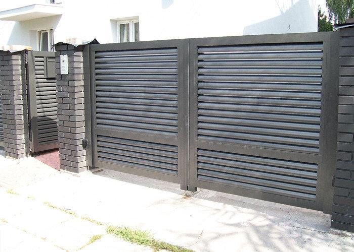 Розпашні ворота жалюзі з ламелей 4500х2000