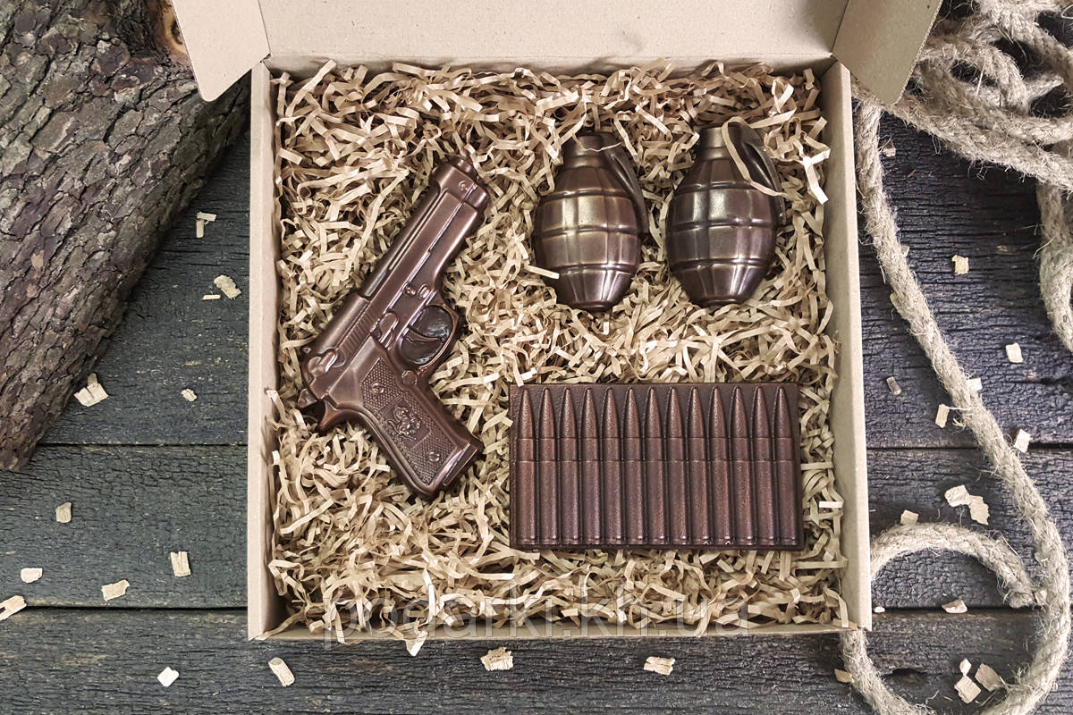 """Шоколадный набор """"Настоящему мужчине"""". Подарок к мужскому празднику"""