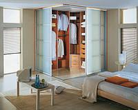 Гардеробна кімната: стильний порядок ваших речей