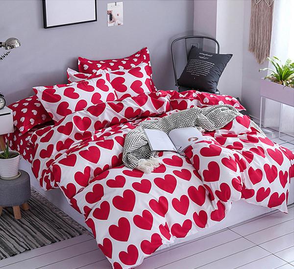 Комплект постельного белья Красные сердца  (двуспальный-евро)
