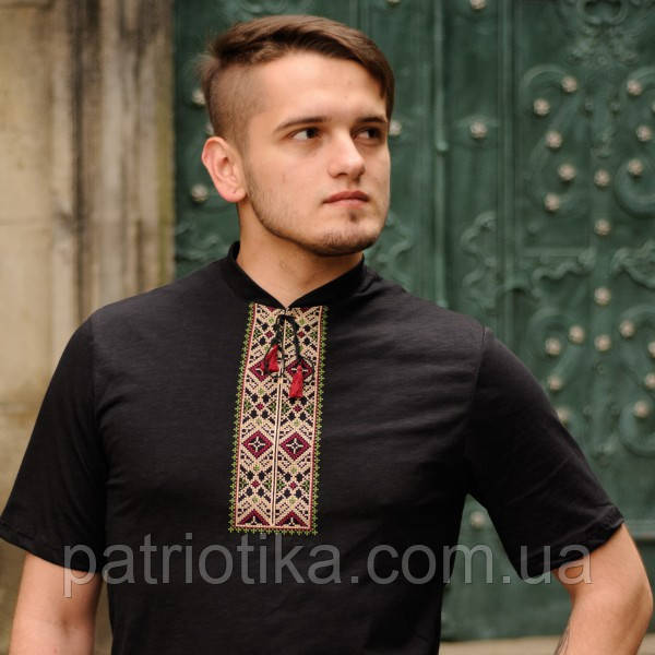 Черная футболка-вишиванка  | Чорна футболка-вишиванка