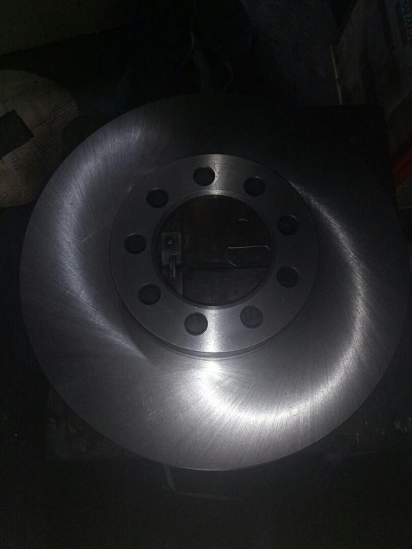 Диск тормозной передний 65С Е4 C3E007ABE