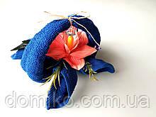 Подарок из махровых полотенец Корзинка с орхидеей