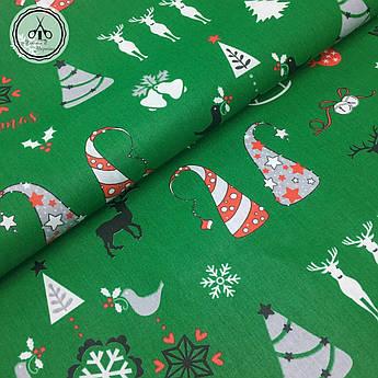 """Польская хлопковая ткань """"елки, олени Merry Christmas на зеленом"""""""