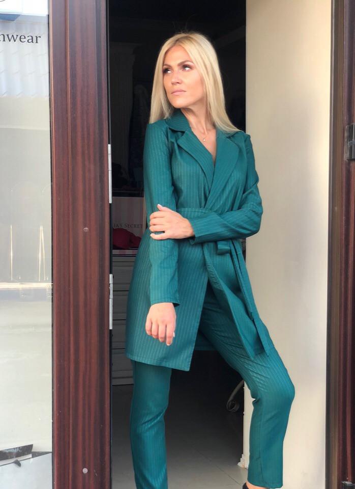 f62f0d74467 Женский брючный костюм с удлиненным пиджаком (р. 42-44