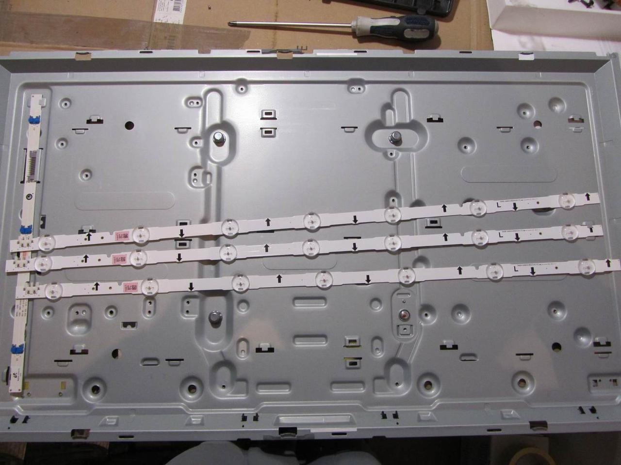 Светодиодная подсветка D4GE-320DC0-R3 для телевизора Samsung UE32J4100
