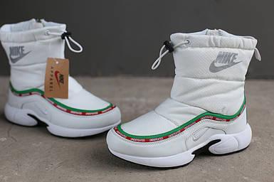 Ботинки зимние женские Nike белые