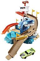 Трек Хот Вилс Атака Акулы - Hot Wheels Sharkport Showdown Trackset