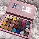 Магнитная палетка Kylie KYLIE PALETTE WITH 28 EYESHADOWS   KYSHADOW, фото 5