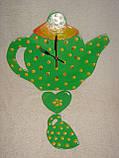 Часы настенные Чайник с чашкой зеленые в желтый горошек Часы для кухни Ручная работа, фото 7