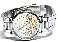 Часы на браслете 406012