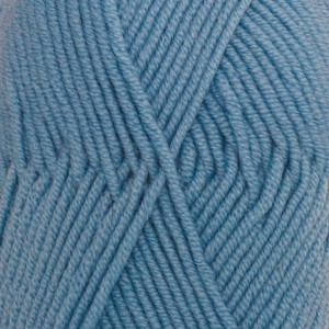 Пряжа DROPS Merino Extra Fine, цвет 19 Light Grey Blue