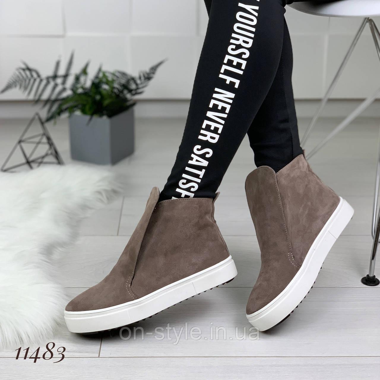 e8911e1e Женские велюровые демисезонные ботинки на плоской подошве, фото 1
