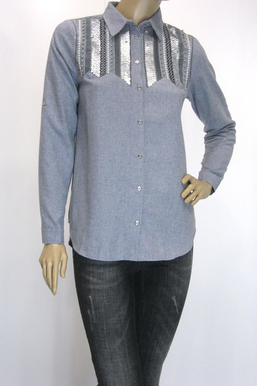 Жіноча сорочка з фланелі вишита паєтками