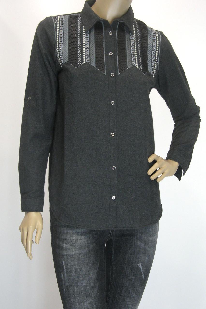 Женская рубашка из фланели с вышивкой