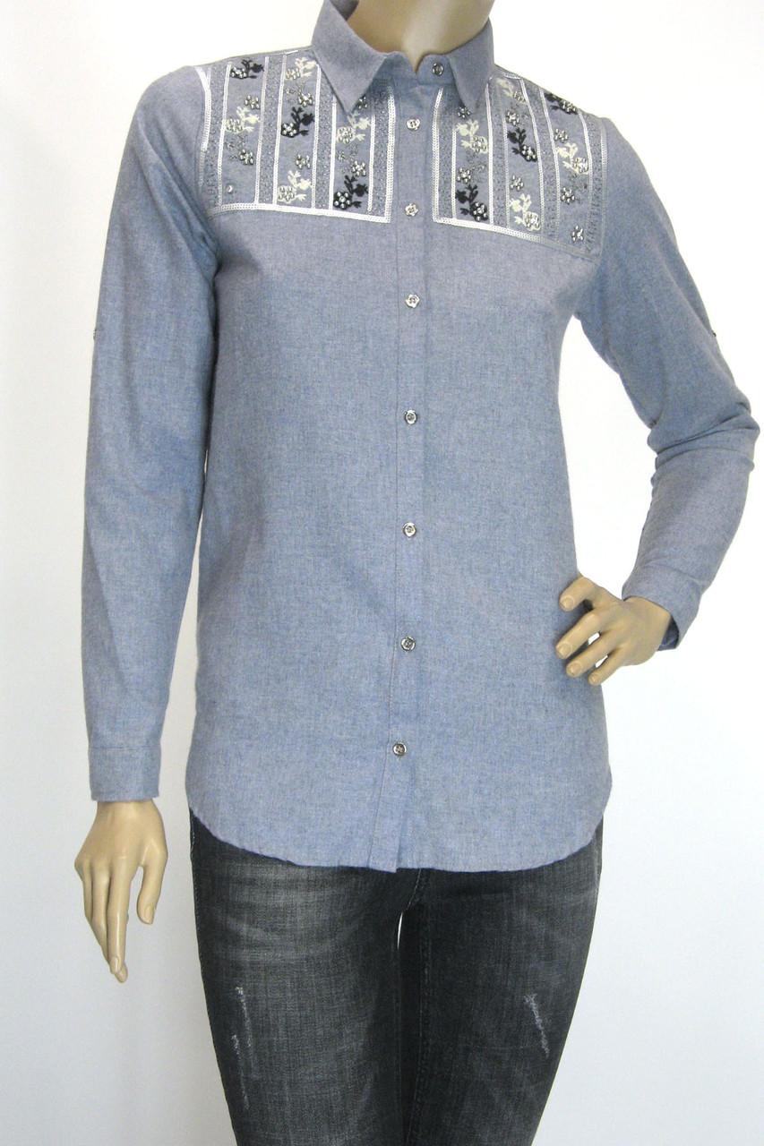 Жіноча сорочка з вишивкою сезон осінь-зима