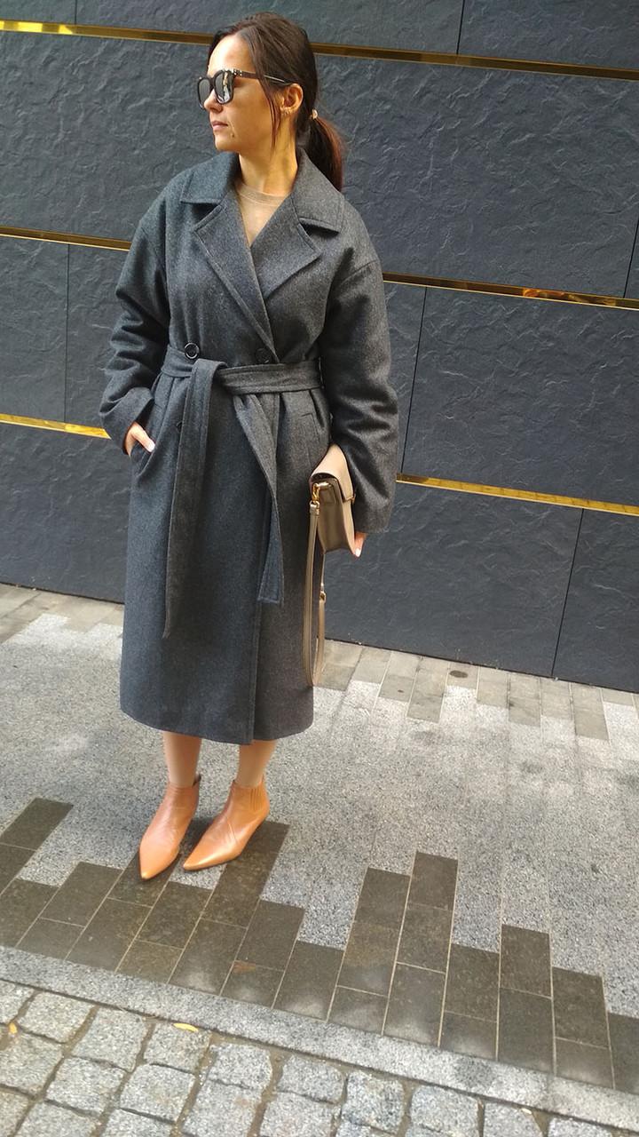 Женское пальто утепленное из шерсти серое, пальто двубортное на поясе. Жіноче пальто утеплене з поясом сіре.