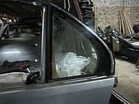 Заднее левое глухое дверное стекло Lexus LS430