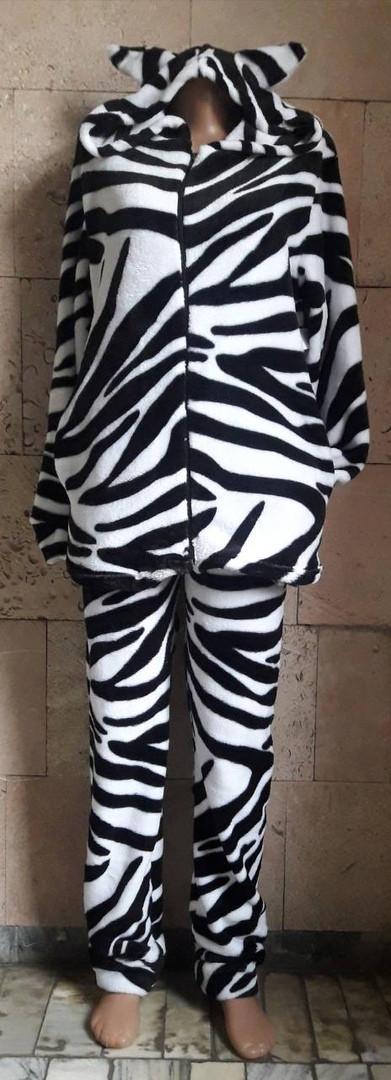 Очень мягкая яркая пижама (домашний костюм)