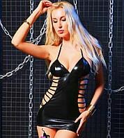 Сексуальное виниловое мини платье.